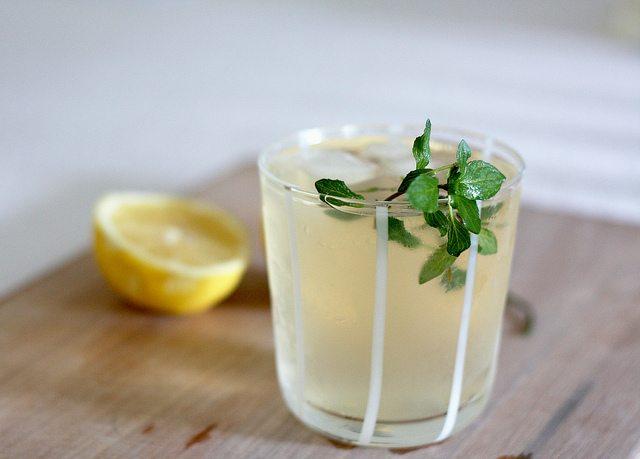 Lemon  ginger detox drink tanglife