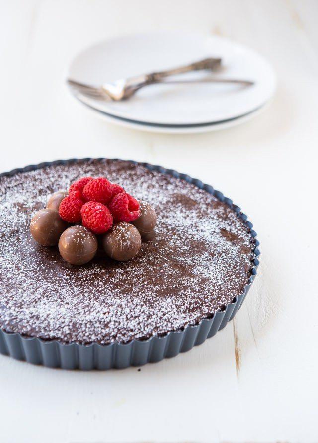 Chocolate-truffle-tart-dessert- plating- tangylife