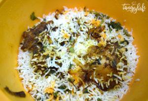 lucknowi murgh biryani recipe tangylife
